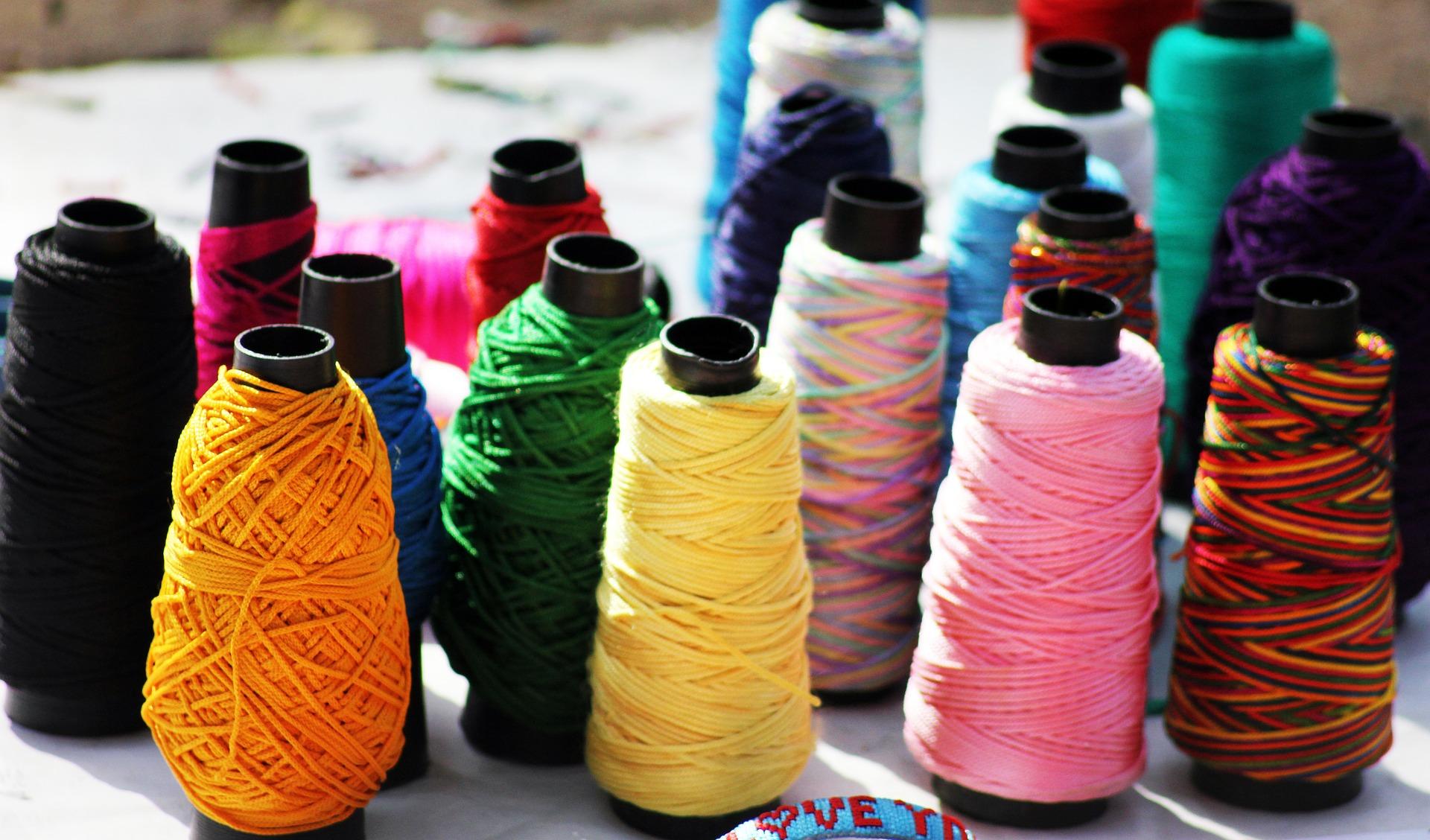threads-390201_1920